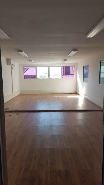 Spearhead Business Park B9 - Upstairs Open Plan Office
